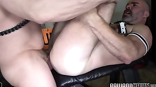 Dicksucking mature bear drilling hairy stud